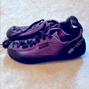 5.10 Five Ten Stealth C4 Climbing Shoes Size 9.5